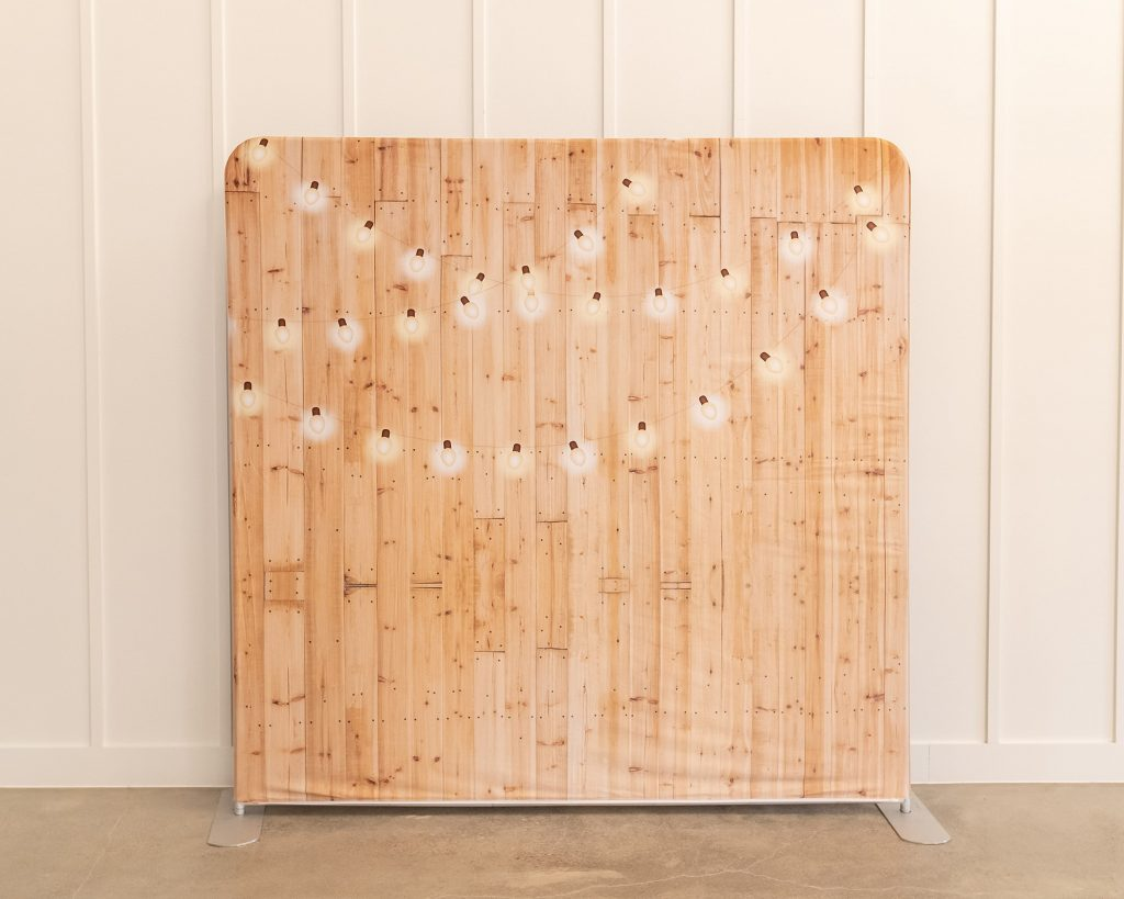 Photo Booth Backdrop - Wood Bulb