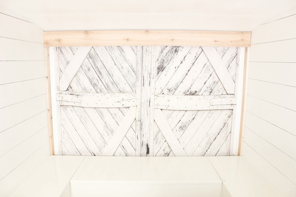 Photo Camper Backdrop - Barnwood