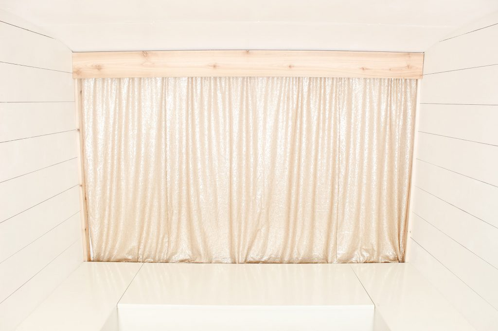 Photo Camper Backdrop - Sequin