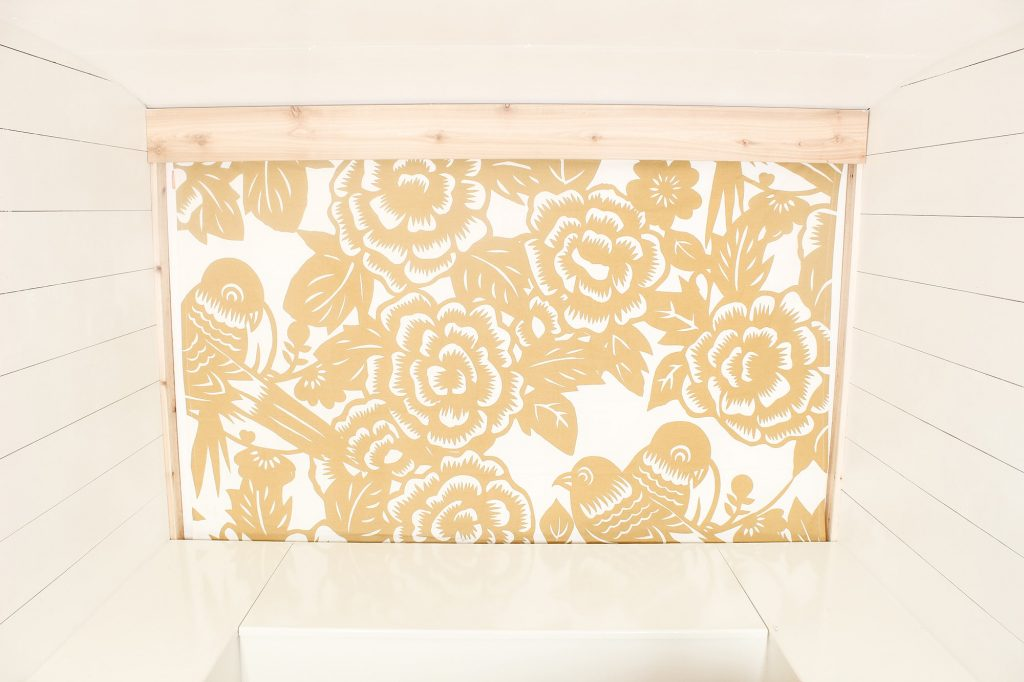 Photo Camper Backdrop - Gold Floral