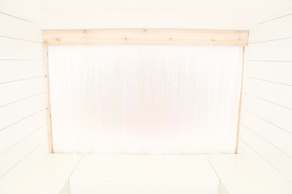 Photo Camper Backdrop - Iridescent Sequin
