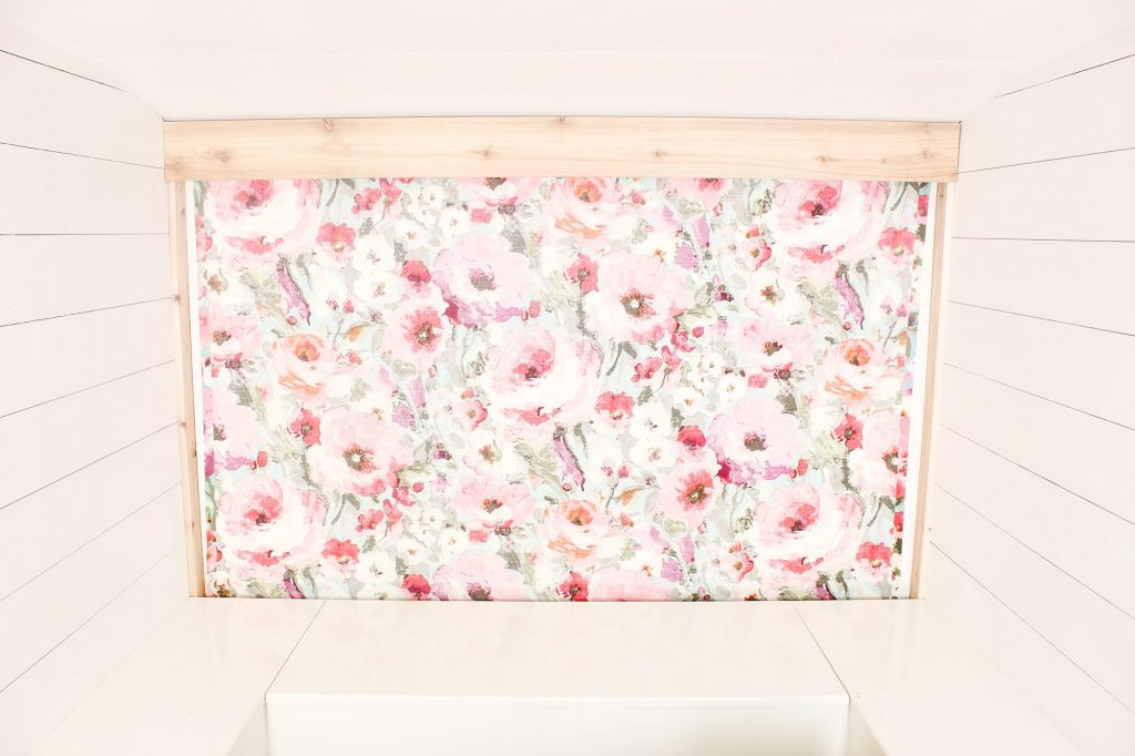 Photo Camper Backdrop - Pastel Floral
